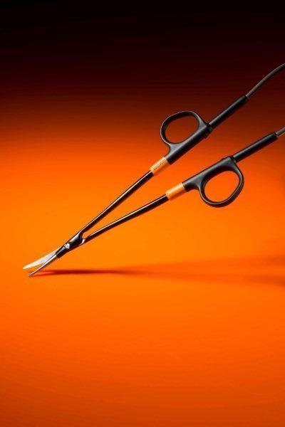 Bipolar scissors